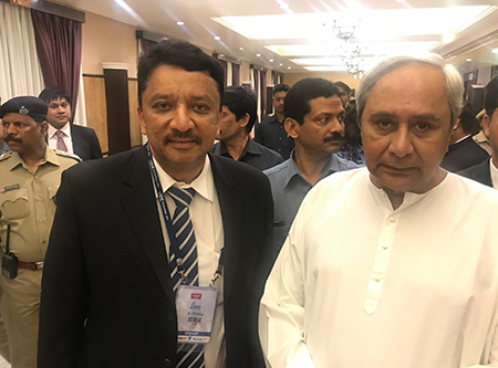 Dr S M Balaji With The Hon'ble Shri Navin Patnaik Chief Minister Of Orissa At The Conference