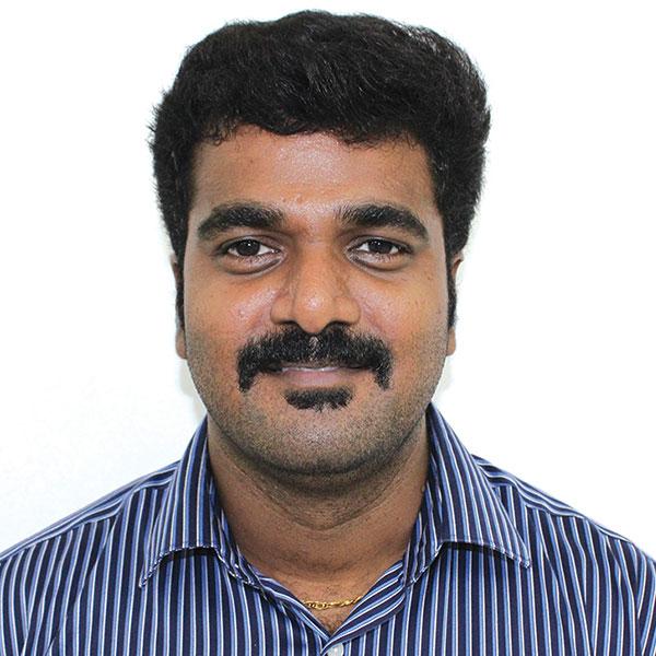 Dr. Deenadayalan MDS